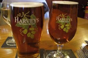 Harveys ale (600 x 401)
